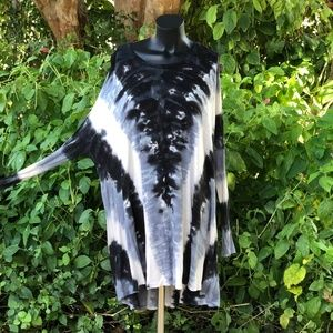 Show Me Your Mumu Black & White Tie Dye Tunic S